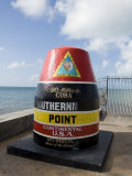 Old Buoy Used as Marker for the Furthest Point South in the United States, Key West, Florida, USA Impressão fotográfica por  R H Productions