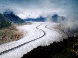 Grosser Aletschgletscher Near Riederalp, Riederalp, Valais, Switzerland Fotografie-Druck von Witold Skrypczak