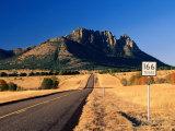 Sawtooth Mountain in Davis Mountains, Fort Davis, Texas Fotografie-Druck von Witold Skrypczak