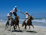 Horse Riding Acrobatics at Traditional Berber Wedding, Djerba Island, Medenine, Tunisia Lámina fotográfica por Ariadne Van Zandbergen