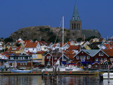 The Lovely Small Fishing Village of Fjallbacka and Its Large Church, Vaster-Gotaland, Sweden Reproduction photographique par Anders Blomqvist