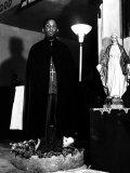 Pastor of the St. Martin's Spiritual Church, Flower Bowl Demonstration, Washington D.C., c.1942 Foto af Gordon Parks