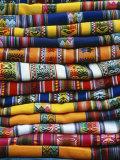 Stack of Colorful Blankets for Sale in Market, Peru Fotografisk trykk av Jim Zuckerman