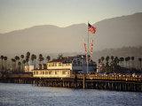 The Pier, Santa Barbara, California. USA Impressão fotográfica por Walter Rawlings