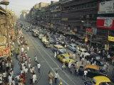Busy Street, Calcutta, West Bengal, India Reproduction photographique par John Henry Claude Wilson