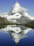 The Matterhorn Mountain, Valais (Wallis), Swiss Alps, Switzerland, Europe Reproduction photographique par Charles Bowman