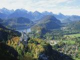 Neuschwanstein and Hohenschwangau Castles, Alpsee and Tannheimer Alps, Allgau, Bavaria, Germany Impressão fotográfica por Hans Peter Merten