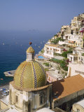 Tiled Dome of a Church Above Positano, Campania, Italy Fotografisk tryk af Roy Rainford