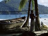 Fisherman, Maracas Bay, Northern Coast, Trinidad, West Indies, Central America Reproduction photographique par Aaron McCoy