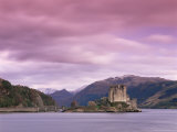 Eilean Donan Castle, Dornie, Lochalsh (Loch Alsh), Highlands, Scotland, United Kingdom, Europe Reproduction photographique par Patrick Dieudonne