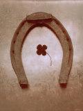 Lucky Horse Shoe on Dusty Rose Metallic I Foto