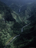 Aerial of Olekole Canyon, with Waterfalls and River Below, Hawaii Reproduction photographique par Ira Block
