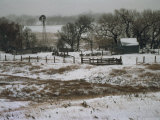 Kansas, Winter Farm Scene, Snowy Weather Reproduction photographique par  Brimberg & Coulson