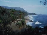 View Along the Shoreline at Lumahai Beach, Kauai, Hawaii Reproduction photographique par Ira Block