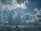 Shrimp Boat Fishes in Four League Bay Reproduction photographique par James P. Blair