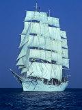 Tall Ship at Sea Fotografisk tryk af Kenneth Garrett