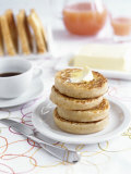 Toasted Crumpets (English Yeast Cakes) for Breakfast Fotografie-Druck von Véronique Leplat