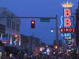 BB King's Club, Beale Street Entertainment Area, Memphis, Tennessee, USA Reproduction photographique par Walter Bibikow