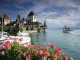 Oberhofen Castle, Lake Thun, Berner Oberland, Switzerland Reproduction photographique par Doug Pearson