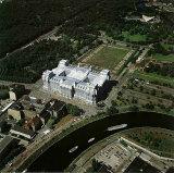 Reichstag Luftaufnahme von Ost nach West Gesamt Impressão fotográfica por  Christo