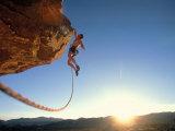 Rock Climber Dangling Off of Cliff Fotografisk tryk af Greg Epperson