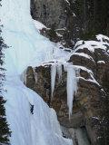 Lake Louise, Ice, Rock Climbing Stampa fotografica di Keith Levit