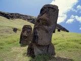 Ancient Carvings, Rano Raraku, Easter Island, Chile Fotografie-Druck von Horst Von Irmer