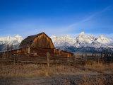 Barn, Grand Teton National Park, WY Stampa fotografica di Elizabeth DeLaney