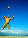 Man Playing Volleyball, FL Fotografisk trykk av Jeff Greenberg