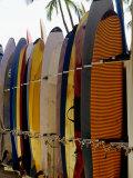 Surfboards, Waikiki Beach Oahu, Hawaii Fotografisk trykk av Mark Polott