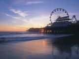 Pier Sunset, Santa Monica, CA Premium fototryk af Mark Gibson