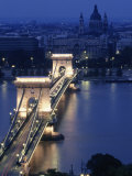 Chain Bridge at Night, Budapest, Hungary Fotografisk tryk af Dan Gair