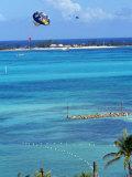 Parasailing, Nassau, Bahamas Impressão fotográfica por Chel Beeson