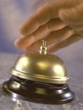 Hand Ringing Service Bell Fotografisk trykk av Ellen Kamp
