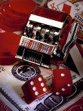 Dice, Slot Machine, Chips and Card on $100 Bill Fotografisk trykk av Ellen Kamp