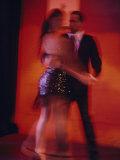 A Couple Dancing the Tango Premium-Fotodruck von Pablo Corral Vega
