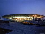 Pan American Air Lines Terminal at NY International Airport Impressão fotográfica por Dmitri Kessel