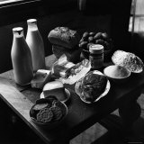 Rations of Fresh Produce Following World War II, c.1946 Reproduction photographique par George Rodger