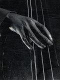Hand of Bass Player on the Strings During Jam Session at Photographer Gjon Mili's Studio Impressão fotográfica por Gjon Mili