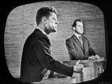 2nd Televised Debate Between Richard M. Nixon and John F. Kennedy Impressão fotográfica por Paul Schutzer