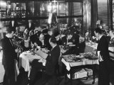 Waiters Serving at Marlborough House, a Speakeasy Haven For Drinking Socialites During Prohibition Reproduction photographique par Margaret Bourke-White
