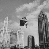 Stunt Man Jack Wylie Kite-Flighting over the Chicago River Fotografisk tryk af Al Fenn