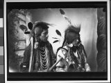 Port of Pair of Native American Indians from Southeastern Id Reservation, Wearing Tribal Vestments Fotografisk trykk