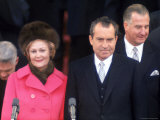 New First Lady Patricia Nixon with Her Husband, President Richard M. Nixon at His Inauguration Fotografisk tryk af Henry Groskinsky