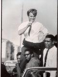 Senator Robert F. Kennedy Campaigning During the California Primary Fotografisk tryk af Bill Eppridge
