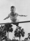 US Gymnast Muriel Davis Practicing at the National Gymnastic Clinic Reproduction photographique par Stan Wayman
