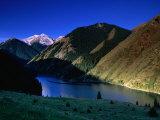 Hills Around Nizhny Kol-Say with Alatau Mountains Behind, Kazakhstan Lámina fotográfica por Anthony Plummer