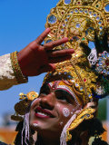 Performer Plays Krishna at Holi Festivities, Jaipur, India Fotografisk tryk af Paul Beinssen