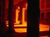 Arches and Walkways of Villa Pisani, Venice, Italy Fotografie-Druck von Damien Simonis