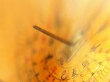 Ancient Chinese Sun-Dial, China Lámina fotográfica por Keren Su